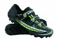 LUCK Scarpe da Ciclismo Master, con Suola di Carbonio E Tripla Striscia di Velcro per Una Fissaggio, Nero. (43 EU)