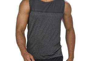 Le migliori canotte e t-shirt da running per sconfiggere il sudore