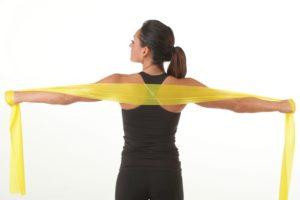 Muscoli di braccia e gambe: come allenarli con le fasce theraband